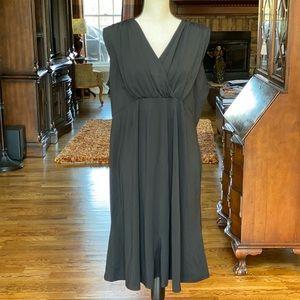 🎉HP🎉NWT Old Navy Black Maternity Dress
